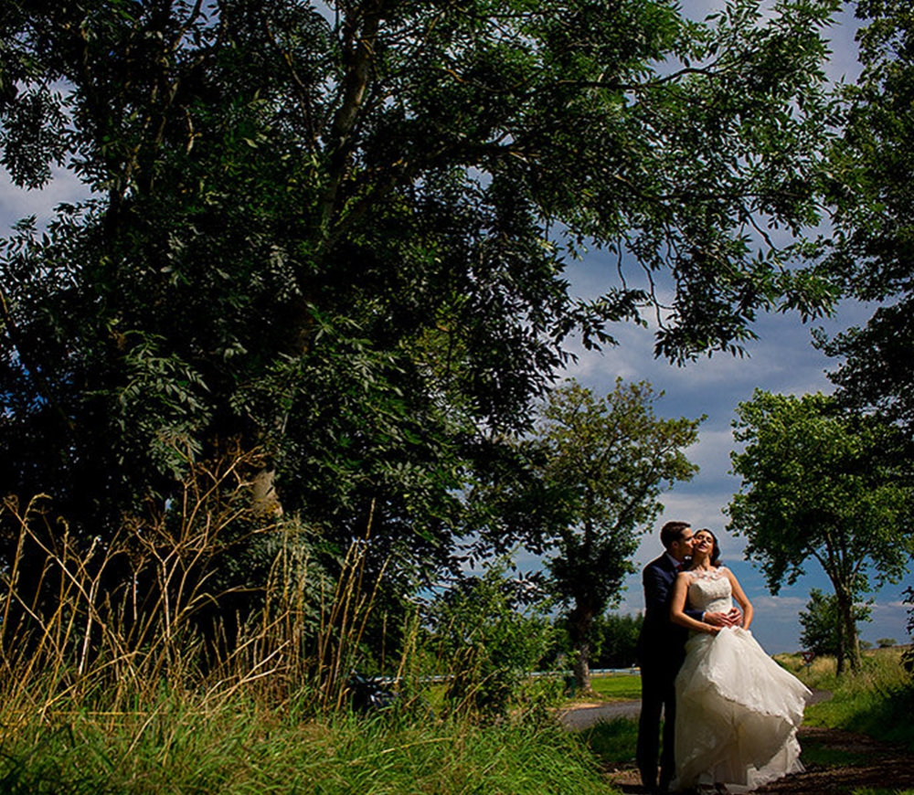 Spark Session: Storytelling in Wedding and Destination Photography