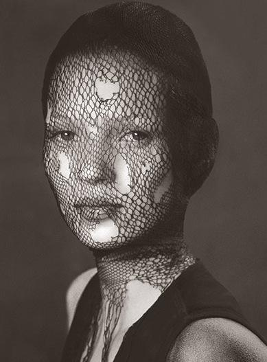 Kate Moss published in UFO by Albert Watson - courtesy of the Guardian