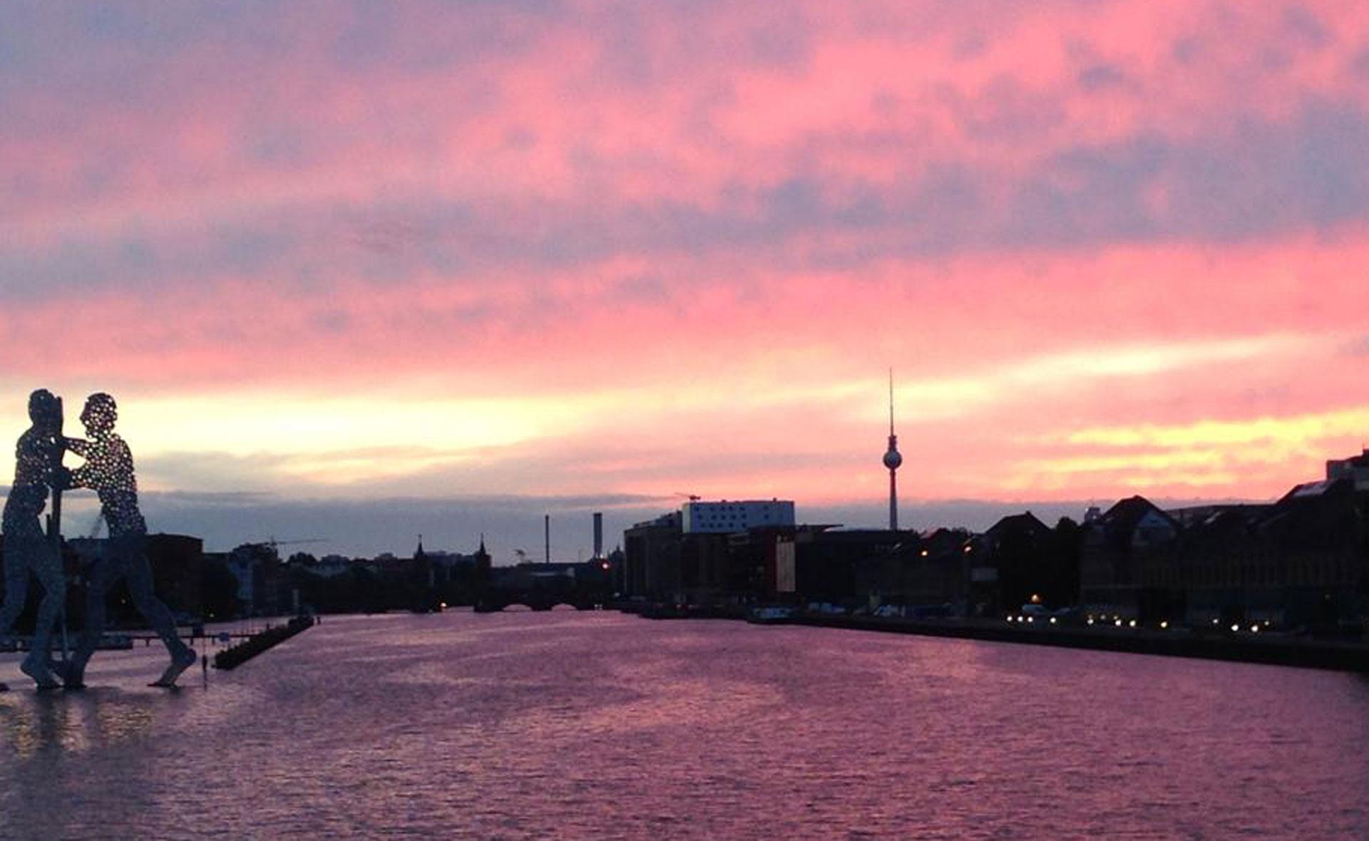 Elsebrücke: the best sunset of the city